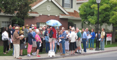 Downtown Los Altos buildings tour to investigate the First Street Canyon effect