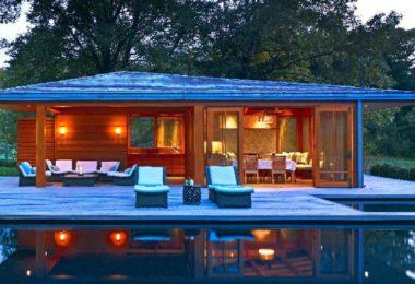 bensonwood.com architected this wonderful pool house