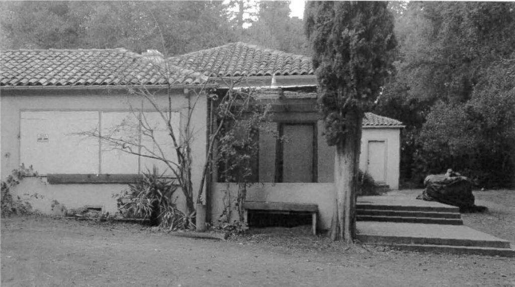 Halsey House Los Altos as boarded up about 2000 or 2008 perhaps
